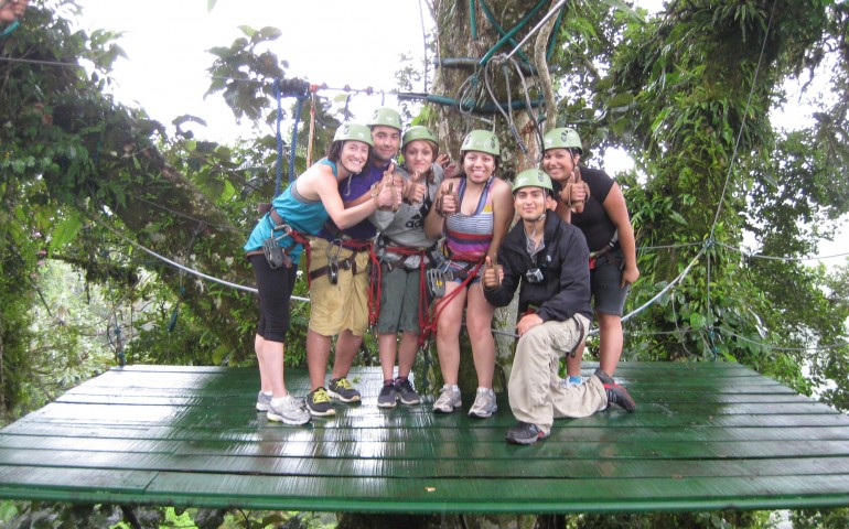 Voluntere Costa Rica zip line