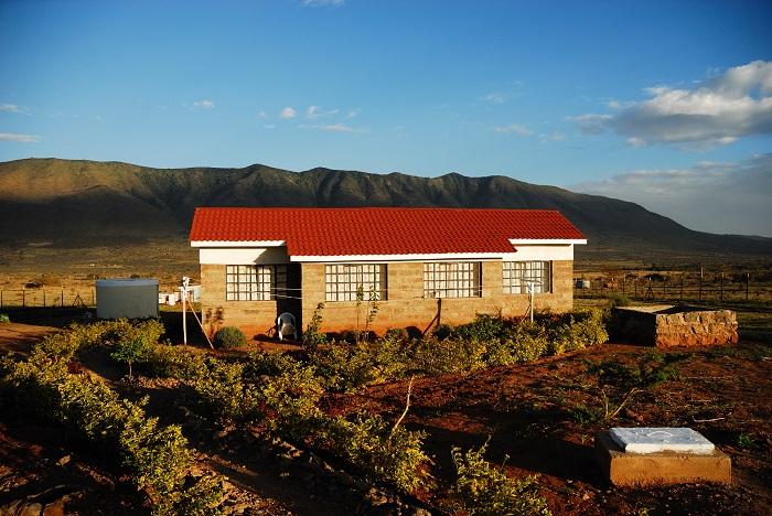 Kenya_volunteer_house
