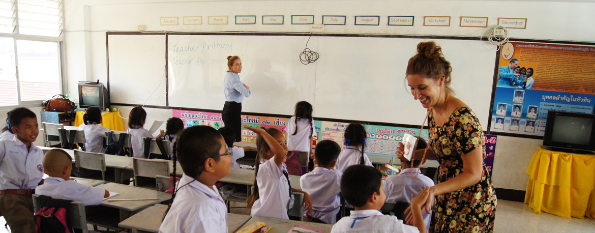 Greenheart travel participant teaching in a classroom in Thailand