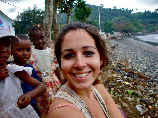 beth-volunteering-abroad