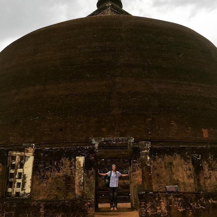 Polonnaruwa shrine