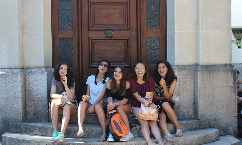 New Family, Friends and Food in Arcachon, France