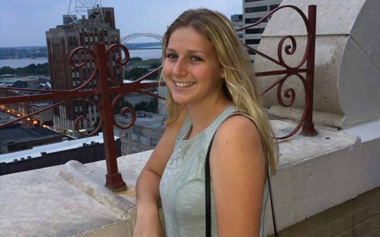 Student Spotlight on Bethany Carideo; Greenheart Travel's Newest Travel Correspondent in Italy