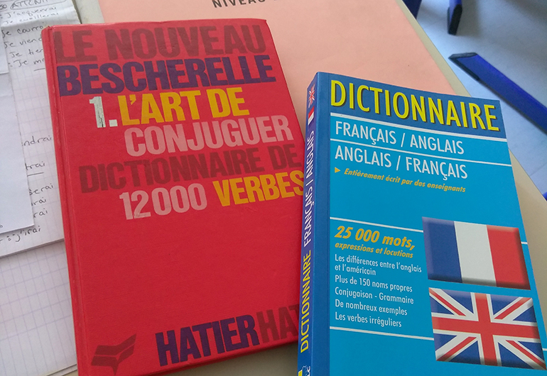 French school books used for class.