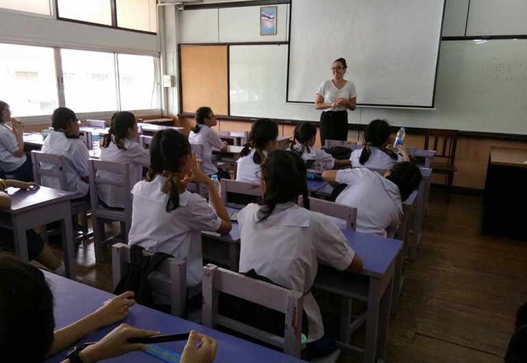 Greenheart Traveler, Carolina Azcuna, teaching in a Thai Classroom.