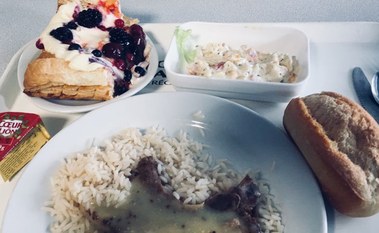 A typical lunch in a French High School